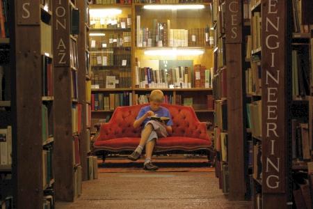 bibliothek_sofabild_450.jpg